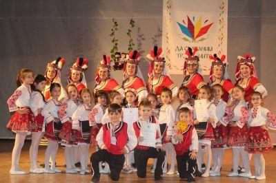 """Отлично представяне в Конкурса """"Да съхраним традициите"""" в гр. Шумен 5"""